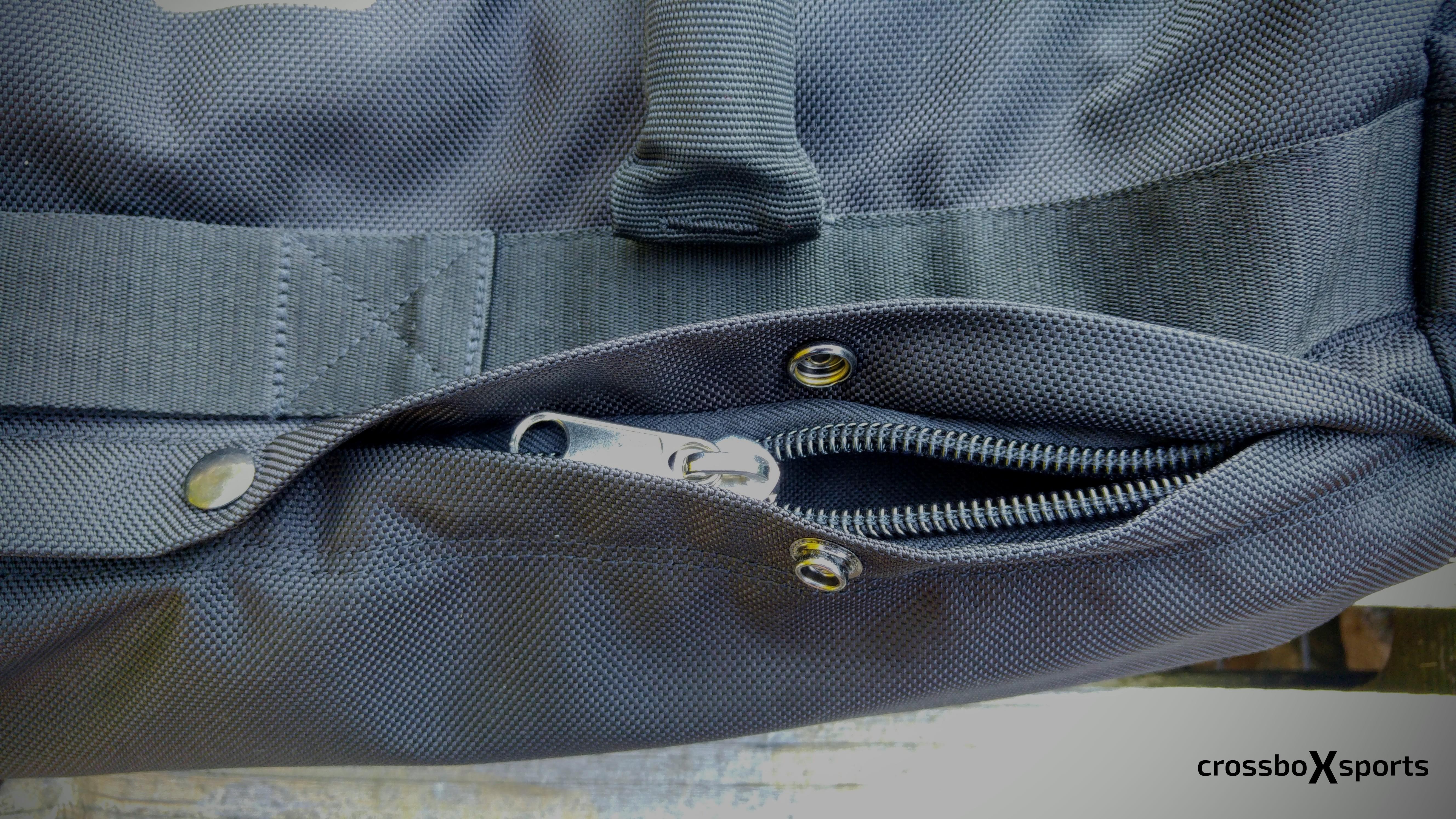 Gymbox Sandbag - Reißverschluss und Druckknopf